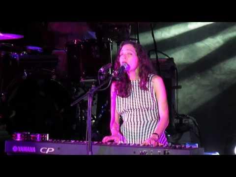 Amor de mis amores - Natalia Lafourcade concierto Lima
