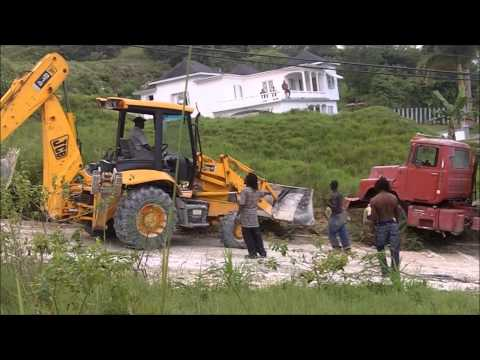 Rescuing A Mack Cement Truck That Overturned - With A JCB Backhoe