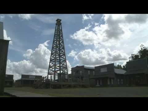 The Texas Bucket List - Spindletop-Gladys City Boomtown