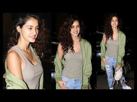 Hot Disha Patani Fly For IIFA AWARDS 2017