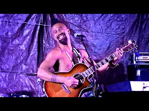 Nahko - Runner / Uniting the Nations - Live Solo Performance on the Big Island