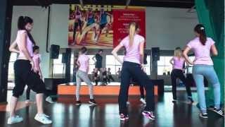 Мисс Президентская Академия в фитнес клубе ФизКульт(Видео отчет о том, как проходила тренировка участниц конкурса Мисс Президентская Академия в фитнес клубе..., 2013-02-19T09:05:12.000Z)