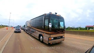 Wow What a Surprise a Prevost XL-2 In Traffic | Lady Liberty Classic 30th Edition Series 2003