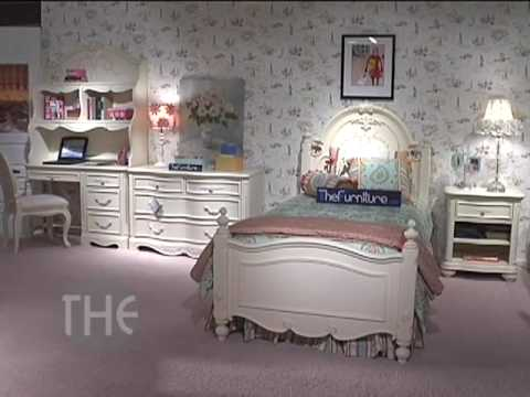 Carved Bedroom Set With Panel Bed From U0027Jessica McClintock   The Romance  Collectionu0027 By Lea   YouTube