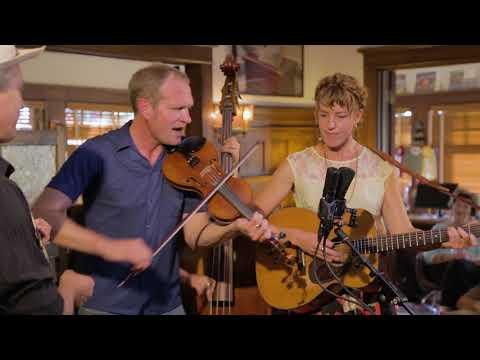Foghorn Stringband - All Night Long Bues