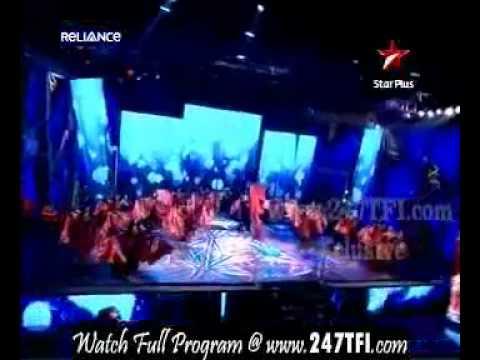 Shahrukh Khan Performing Dildaara From Ra.One