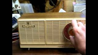 GE General Electric AA5 tube radio from the mid '60's