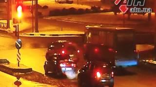 08.01.2015 - Лексус не виноват! Видео ДТП на перекрестке Гагарина-Молочная