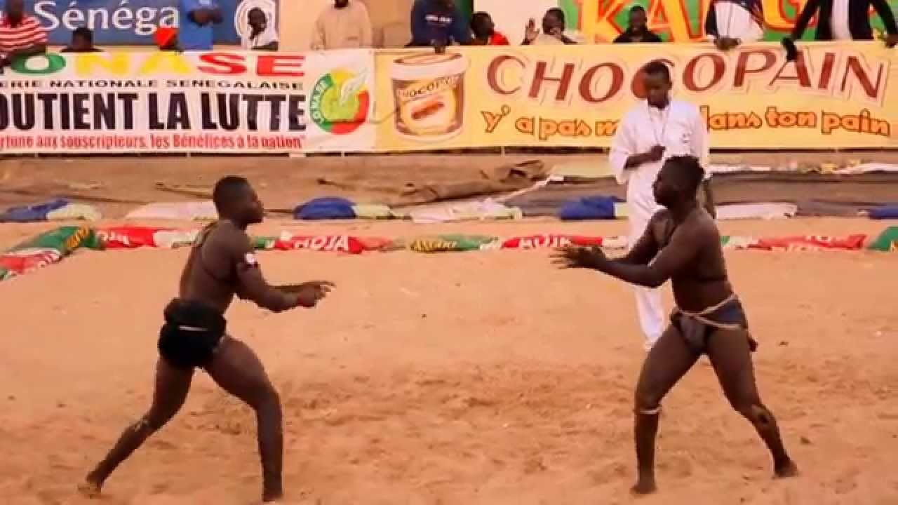 Senegalese wrestling, la Lutte - YouTube