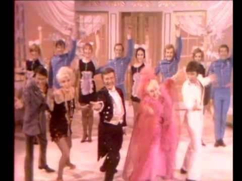 Liberace with Cliff Richard, Tessie O'Shea, Janie Marden & Larry Storch