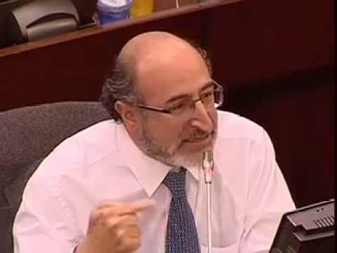 Senador Juan Lozano reclama al presidente Santos su silencio ante la situación en Venezuela