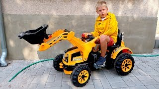 Funny Baby Unboxing And Assembling The POWER Wheel Ride On New Dirt Tractor Excavator