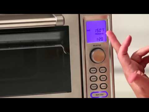 Cuisinart Deluxe Convection Toaster Oven Broiler TOB-135
