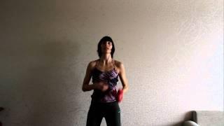Упражнения для рук с гантелями (трицепсы)(Красивые руки - укрепление трицепсов. На сайте http://www.furor-dance.ru/ вы найдете упражнения для рук без гантелей., 2011-02-03T16:20:20.000Z)