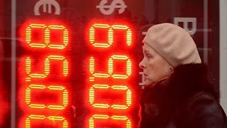 Ruble: Russia Braces for the Worst on Currency's Fall
