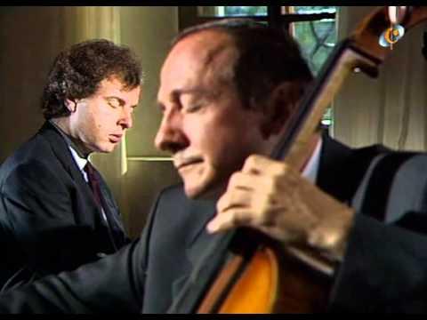 Schubert (Perenyi, Schiff) - Sonata en a minor Arpeggione D821.avi