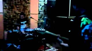 Ultra audio noise (UxAxN)