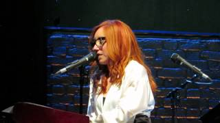Tori Amos Amsterdam May 29th 2014 Frozen (Madonna Cover)