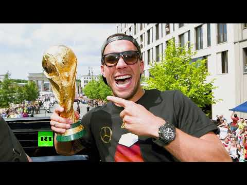 The Stan Collymore Show: Lukas Podolski, Jay Bothroyd and Japan's Samurai Blue in World Cup 2018
