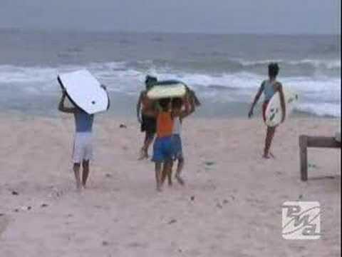 Серфинг в Секторе Газа - подсмотренная мечта. Видео РИА Ново