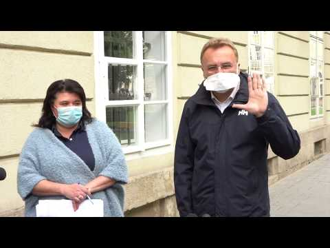 lvivadm: Мер Львова про непослаблення карантину, виплати медикам та роботу громадського транспорту