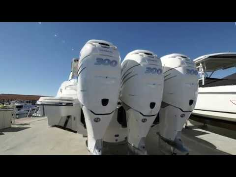 2018 Sea Ray 350 SLX Boat For Sale at MarineMax Ft. Myers