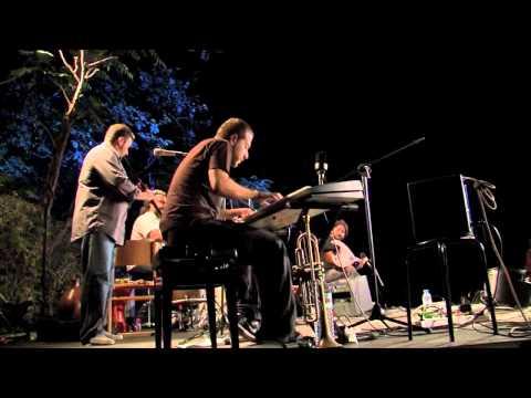 MUSIC VILLAGE/ΜΟΥΣΙΚΟ ΧΩΡΙΟ 2010 - balarom trio