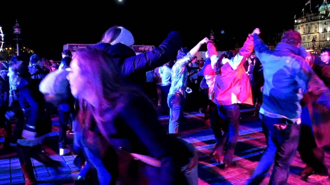Edinburgh's Hogmanay - - The Keilidh Party - - Blog De Passagem