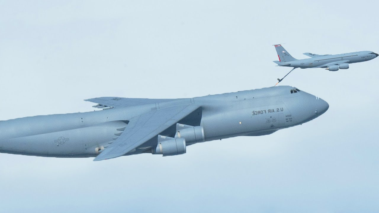 Air-to-Air Refuelling US Air Force's Largest Aircraft