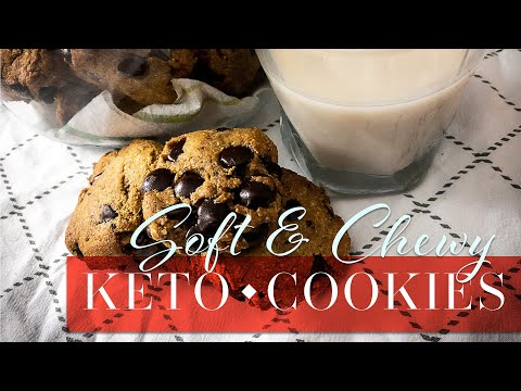 keto-soft-&-chewy-chocolate-chip-cookies