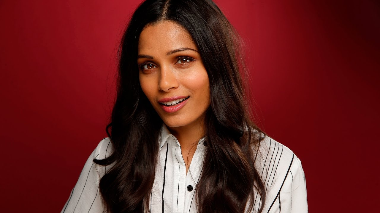 Freida Pinto Nude Photos 60