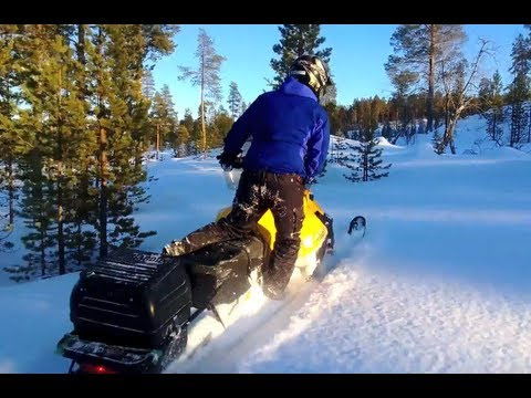 Testing Ski-Doo Tundra four-stroke top speed and maneuverability in Lapland