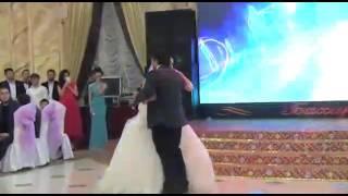 Брат поёт сестре песню на свадьбе грустная песня смотреть до конца