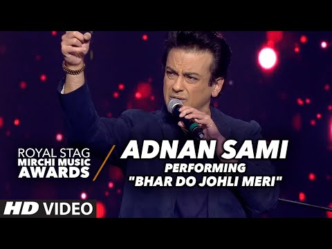 "Adnan Sami Performace On ""BHAR DO JOHLI MERI"" At The Royal Stag Mirchi Music Awards 2016"