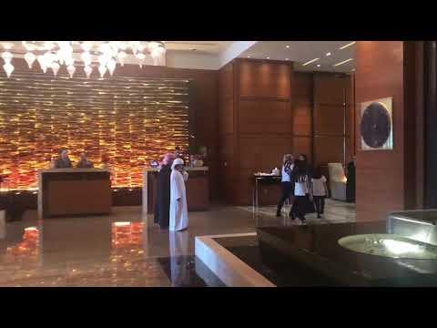 فندق روزوود وجهة فندقية عامودية في أبوظبي