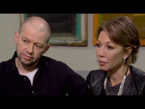 WATCH: Jon Cryer and Wife Lisa Joyner's Emotional Reading on 'Long Island Medium'