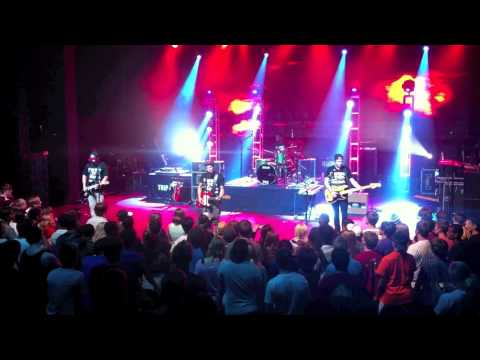 "Royal Tailor ""Freefall"" Live @ Camp Electric 2012"