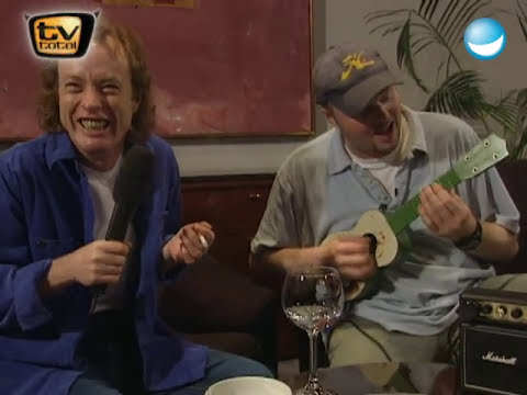Stefan Raab vs Angus Young von ACDC  TV total