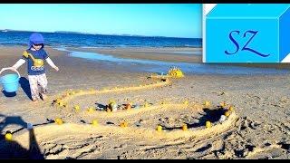 Дворец из киндер сюрпризов и Великая Китайская стена из песка(Курс