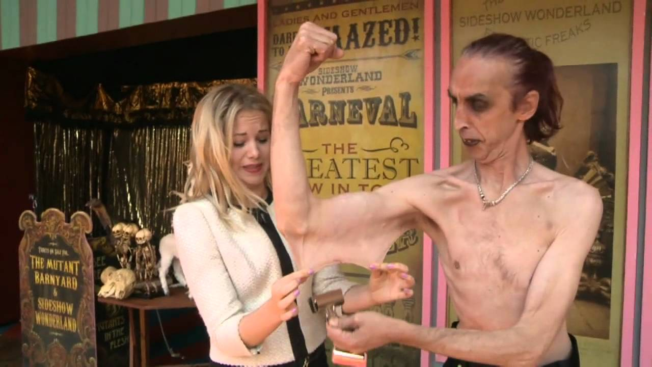 meet the man with world stretchiest skin in