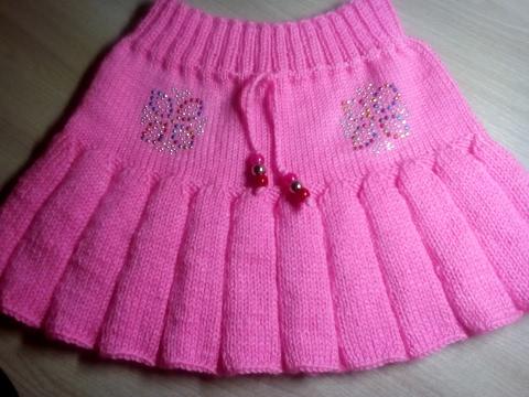 Платье для девочки спицами -