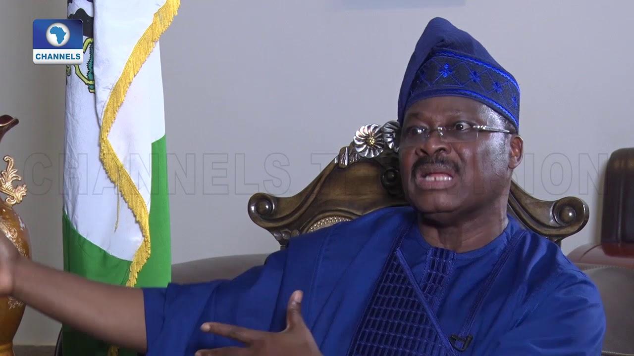 Download Ajimobi Blames Media, Politics For 'Seeming Disagreement' With Olubadan