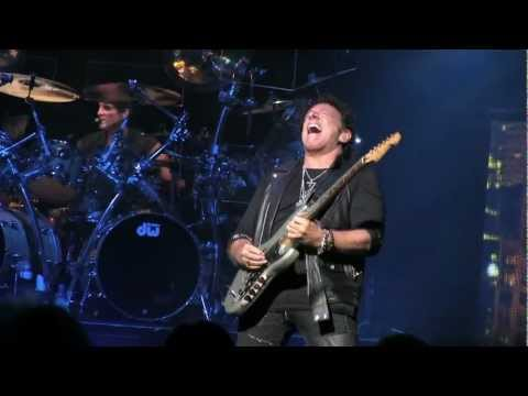 "Journey- ""Lights"" (720p HD) Live at Riverbend in Cincinnati on Sept 21, 2012"