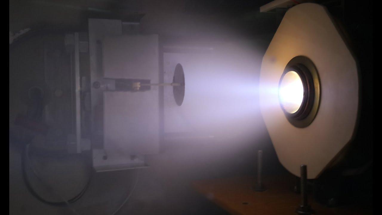 Magnetoplasmadynamic thruster / Магнитоплазменный ускоритель