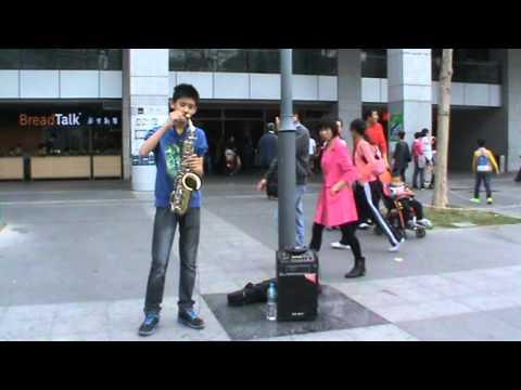 深圳庞圣龙2015年2月22日在市民中心演出萨克斯