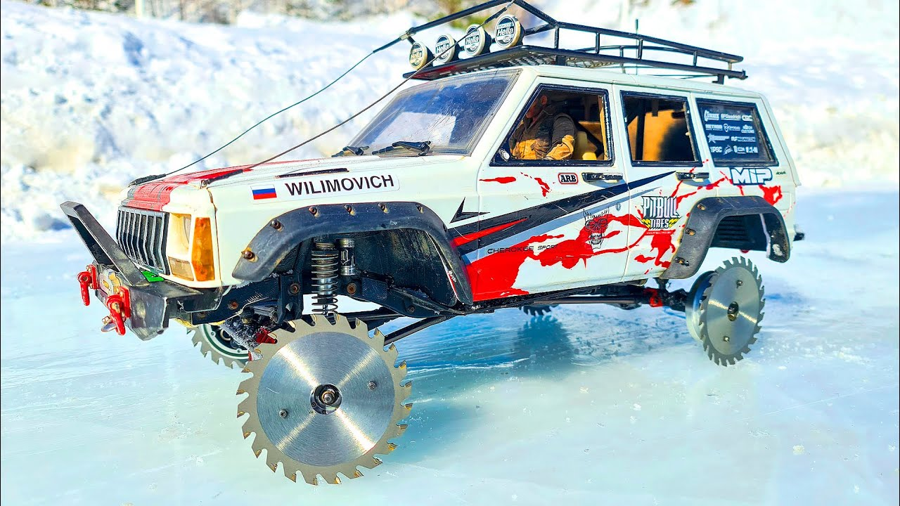 JEEP Cherokee RC 4x4 Axial SCX10 Saw Blade Wheels on ICE