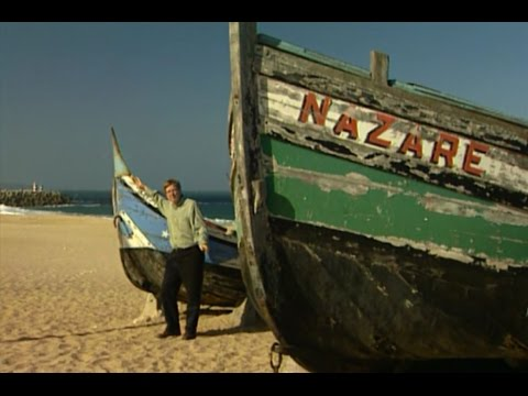 Nazaré, Portugal: Petticoats and Barnacles