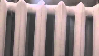 видео Радиаторы отопления чугунные: преимущества и недостатки