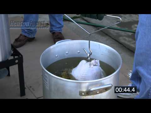 safety-while-deep-frying-a-turkey