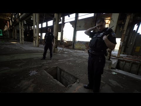 Abandoned Airplane Factory | CAUGHT BY POLICE | Curtiss Wright New York Plant
